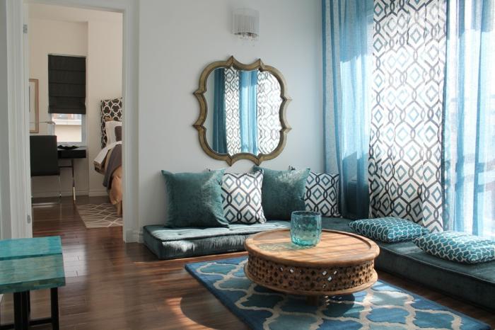 salon-marocain-deco-salon-moderne-deco-marocainebleue-déco-table-basse-ronde-bois