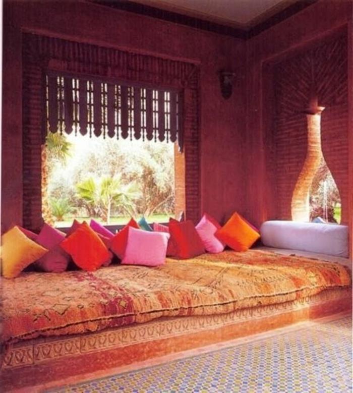 salon-marocain-paris-meuble-marocain-salons-marocains-une-salle-à-médiater