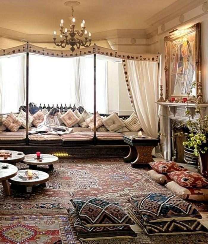Le canap marocain qui va bien avec votre salon for Deco salon moderne chic