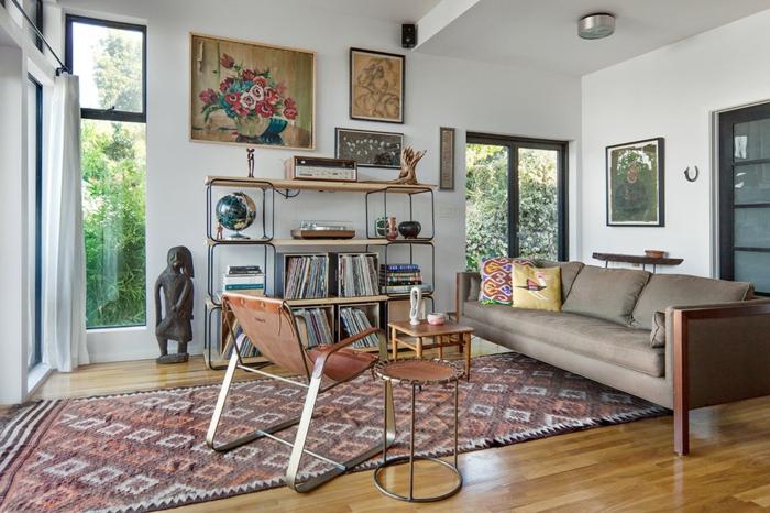 salon-scandinave-étagère-originale-tapis