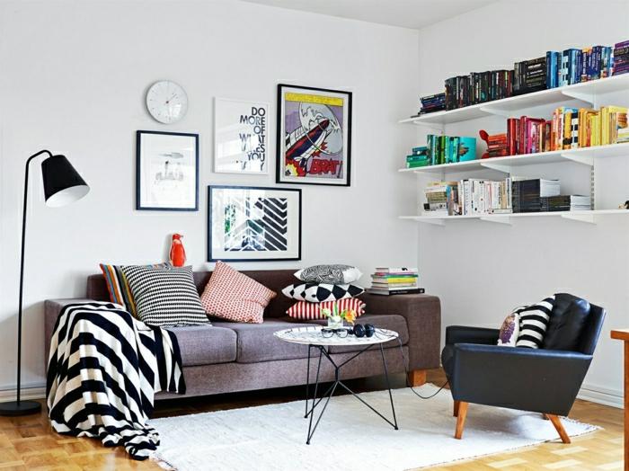 salon-scandinave-étagères-murales-fauteuil
