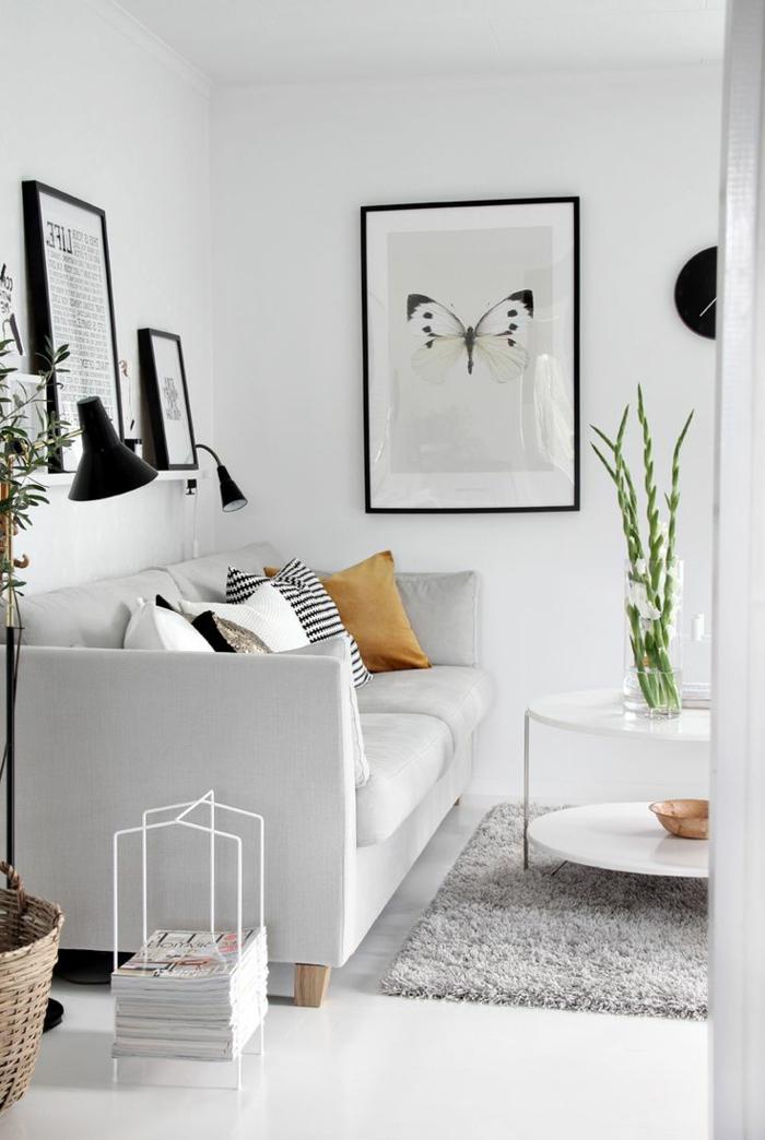 salon-scandinave-petite-table-basse-et-sofa