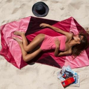 La serviette de plage - 80 variants chic et originales