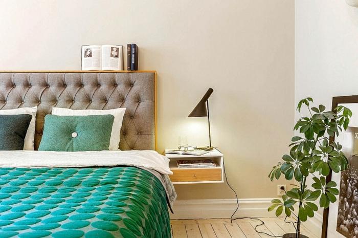 table-de-nuit-suspendue-tête-de-lit-capitonnée-et-housse-de-couette-verte