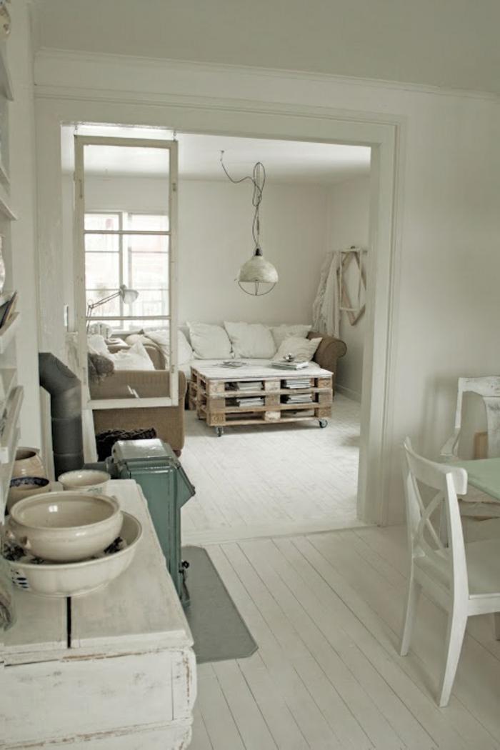 table-de-salon-en-palette-intérieur-tout-blanc