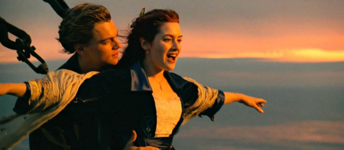 titanic-1-iconique-scène-film-meilleur-de-tout-temps-amour-romance-resized