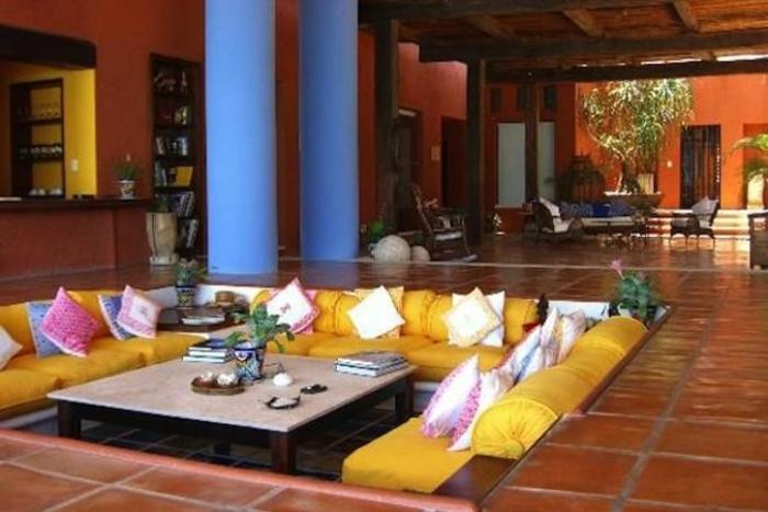 un-salon-marocain-moderne-richbond-canapé-oriental-canapé-oriental-deco-marocain