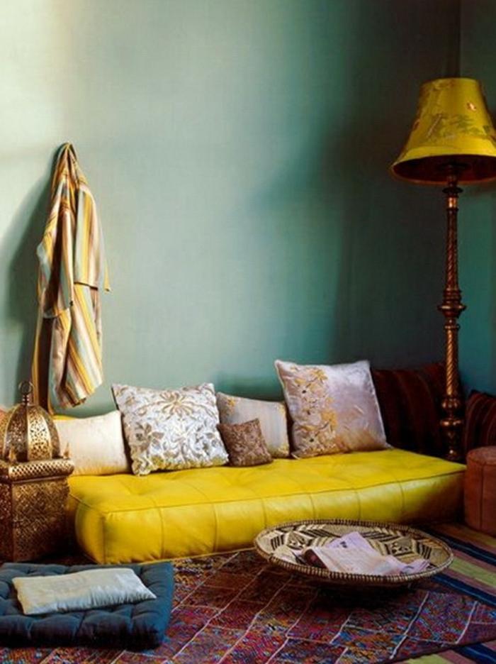 un-salon-marocain-moderne-richbond-canapé-oriental-le-salon-marocain-blanc-canapé-style-marocain-comment-aménager-son-salon