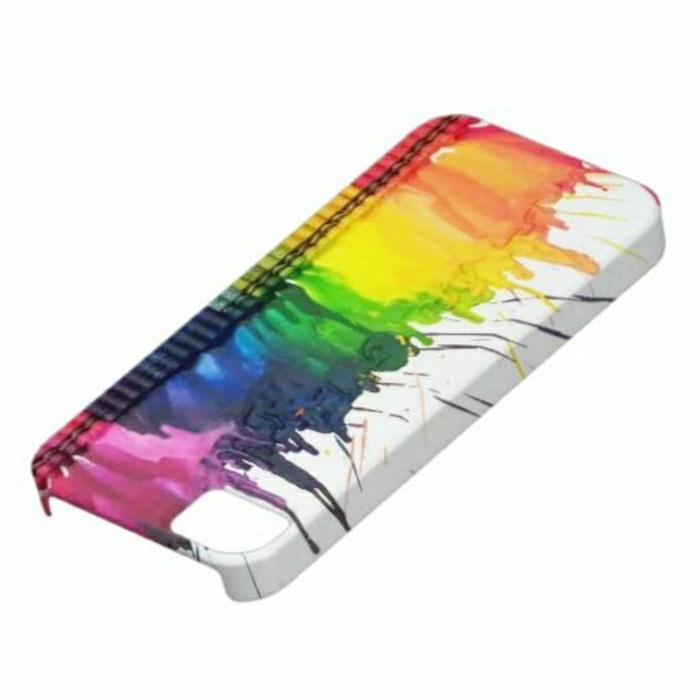 une-jolie-coque-de-portable-coloré-créer-sa-coque-moderne-une-variante-colorée