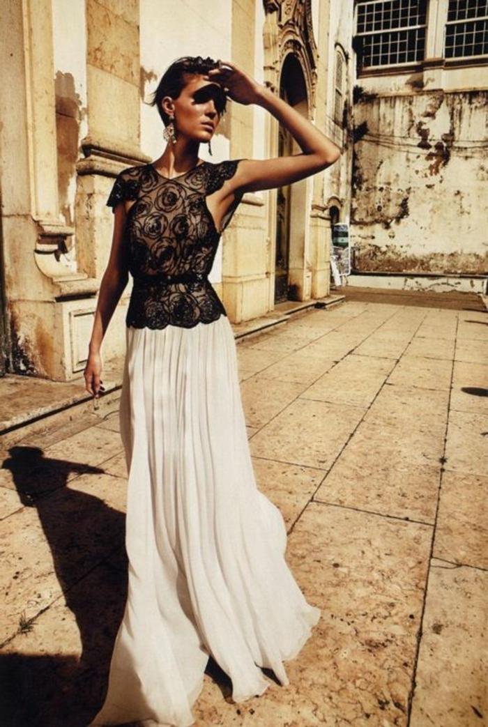une-jolie-robe-de-soirée-dentelle-de-couleur-blanc-et-noir-pour-etre-a-la-mode