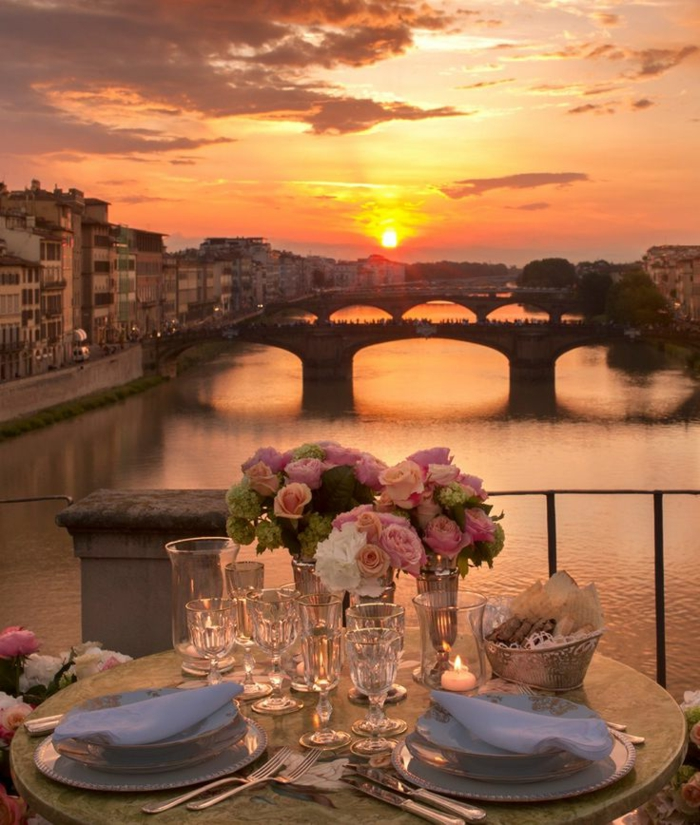 une-jolie-vue-depuis-votre-fenetre-qui-vous-offre-le-plus-beau-paysage-vers-la-rivier