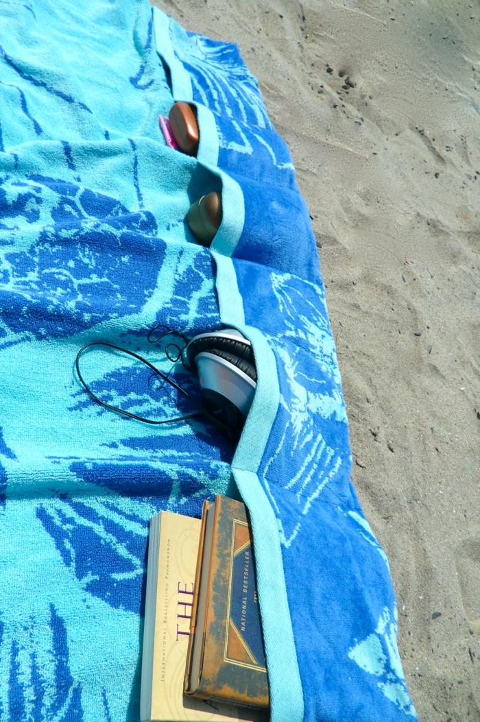 une-serviette-de-bain-enfant-serviette-de-plage-de-marque-la-serviette-de-plage (5)-resized