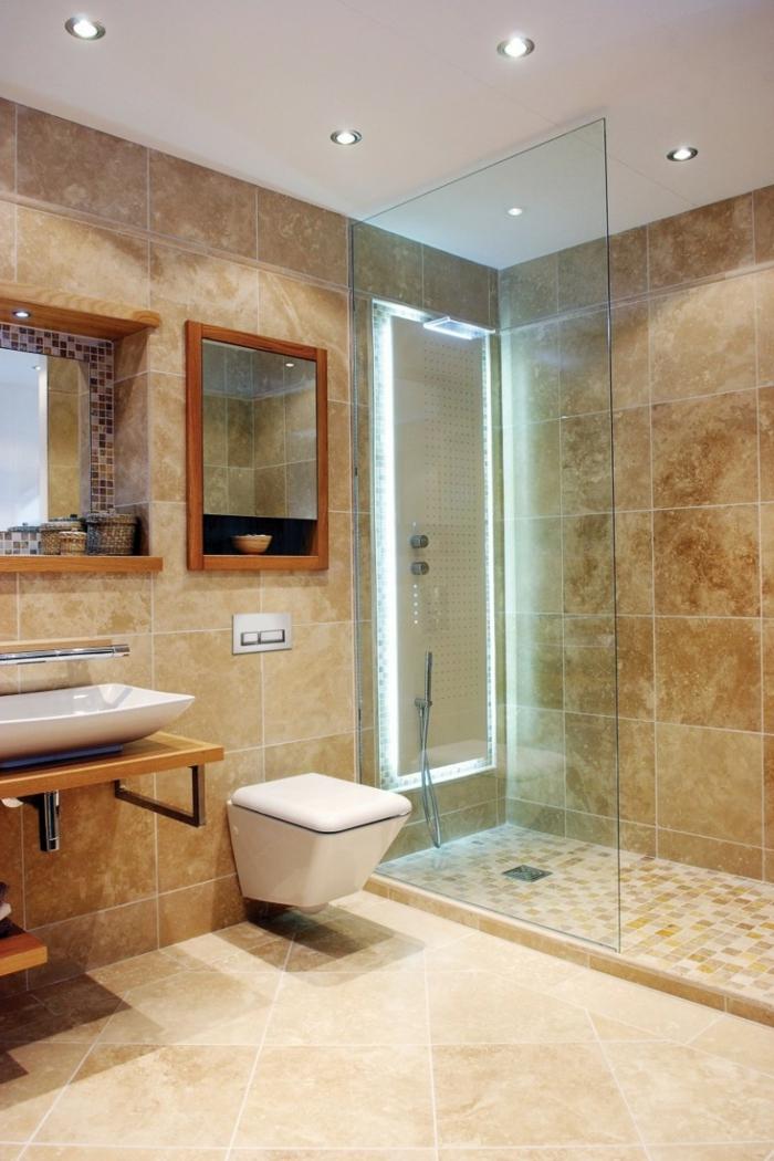 évier-céramique-et-baignoire-céramique-blancs-ambiance-beige
