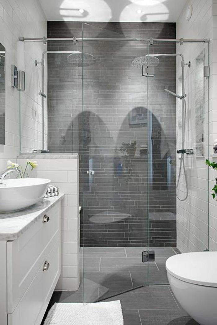 évier-céramique-oval-salle-de-bains-en-gris-et-blanc