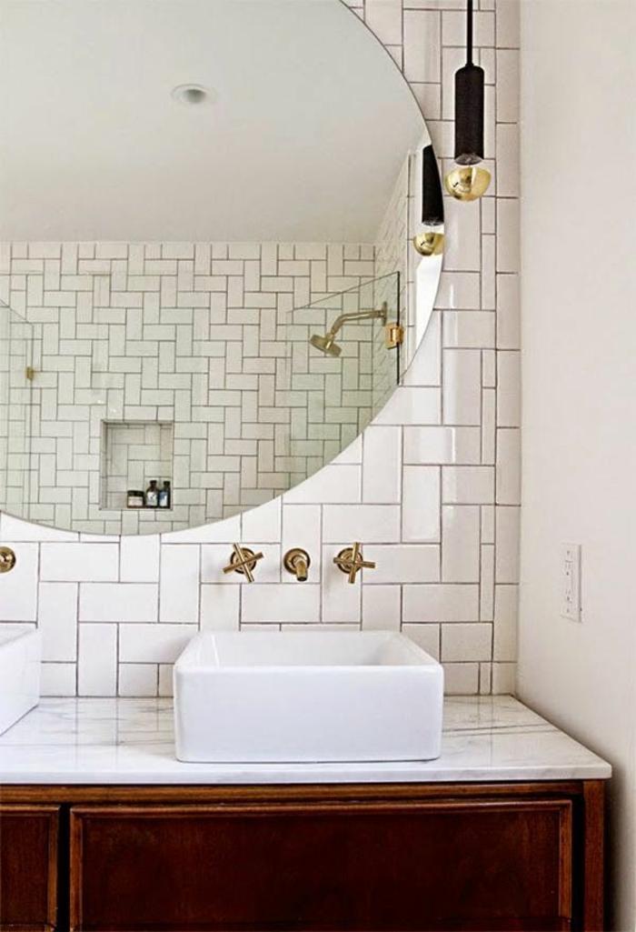 D corer la salle de bains avec un vier c ramique for Grand miroir rond