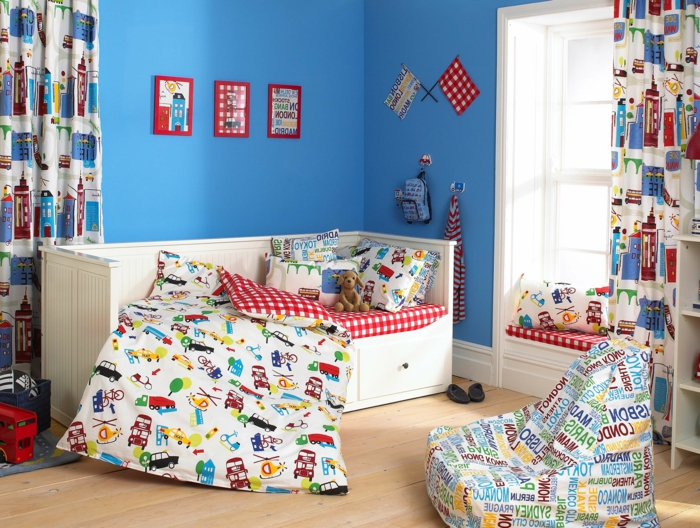 0-comment-bien-amenager-une-chambre-garçon-quels-rideaux-enfant-pas-cher-poser