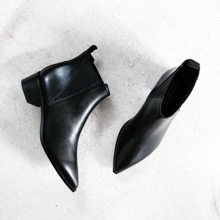 0-les-bottes-noires-pour-les-femmes-modernes-hiver-2015-chaussures-noires