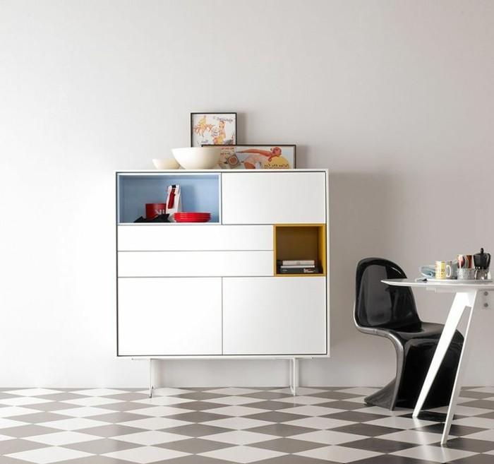1-bahut-pas-cher-pour-la-salle-de-séjour-avec-une-chaise-plastique-noire-et-table-blanche