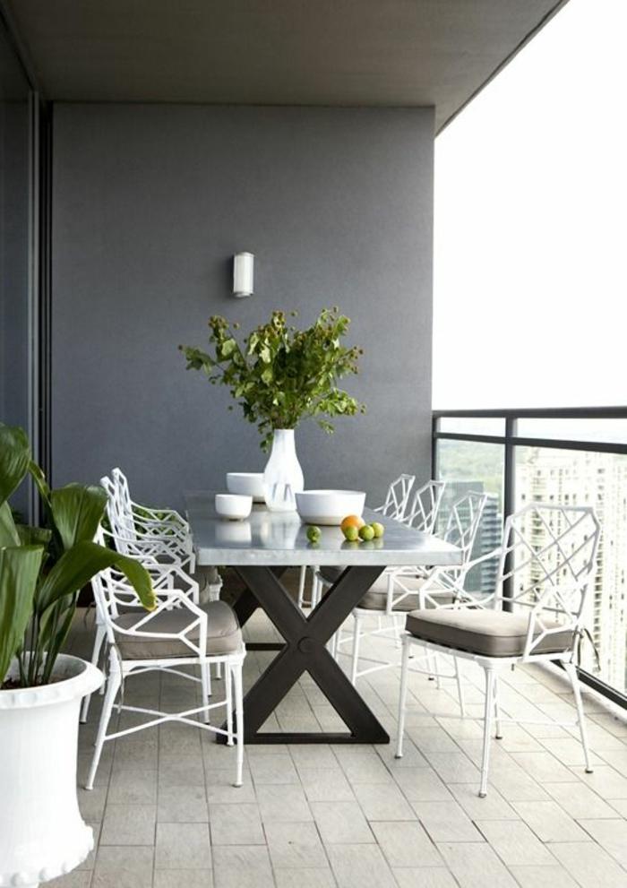 1-balustrade-extérieure-en-verre-pour-le-balcon-d-appartement-une-jolie-idee-pour-la-terrasse