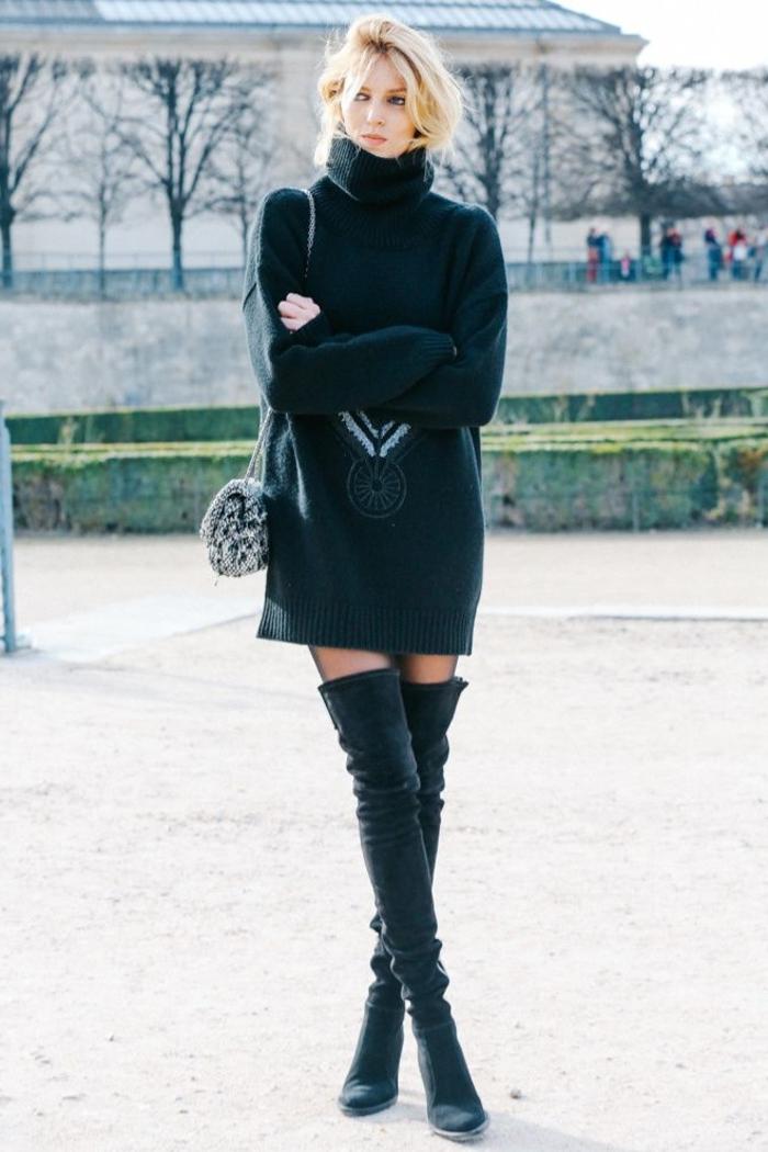 1-bottes-cavalières-noires-pour-les-femmes-modernes-blonds-les-tendances-dans-la-mode