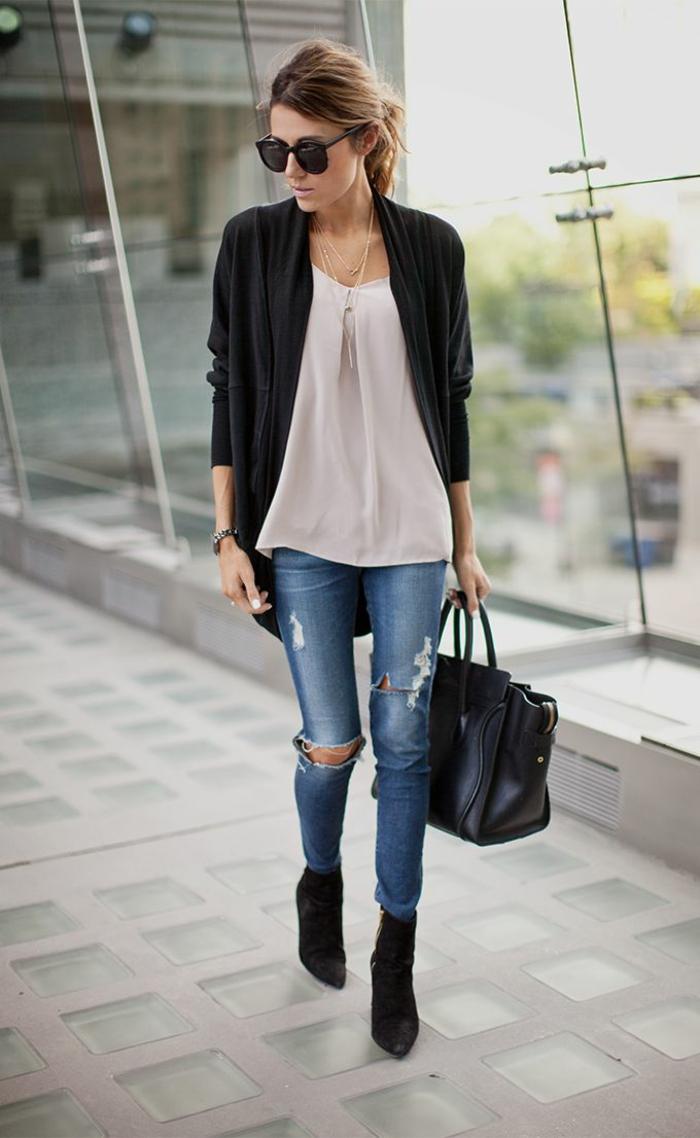 1-bottine-femme-moderne-les-bottes-mollets-larges-noirs-femme-mode-2016