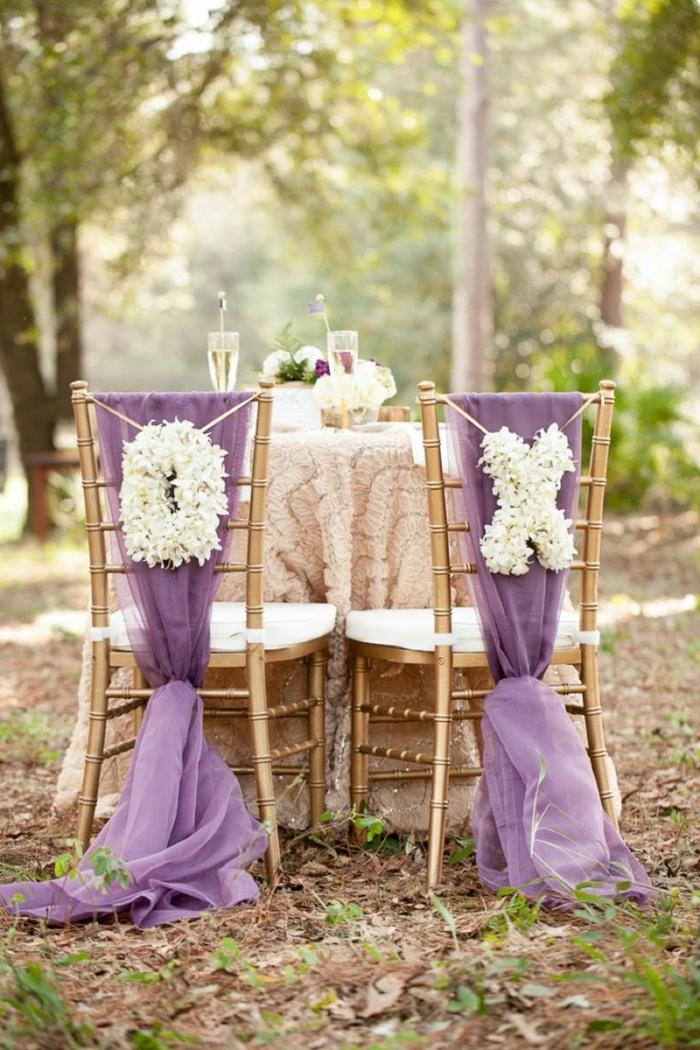 1-choisir-la-housse-de-chaise-pour-mariage-avec-ruban-violet-quelle-decoration-pour-chaise-de-mariage