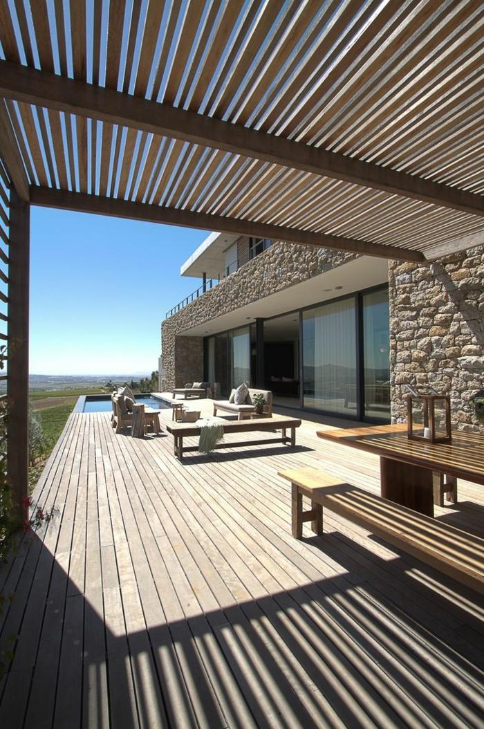 1-comment-choisir-la-meilleure-terrasse-aménager-sa-terrasse-en-bois-près-de-la-maison
