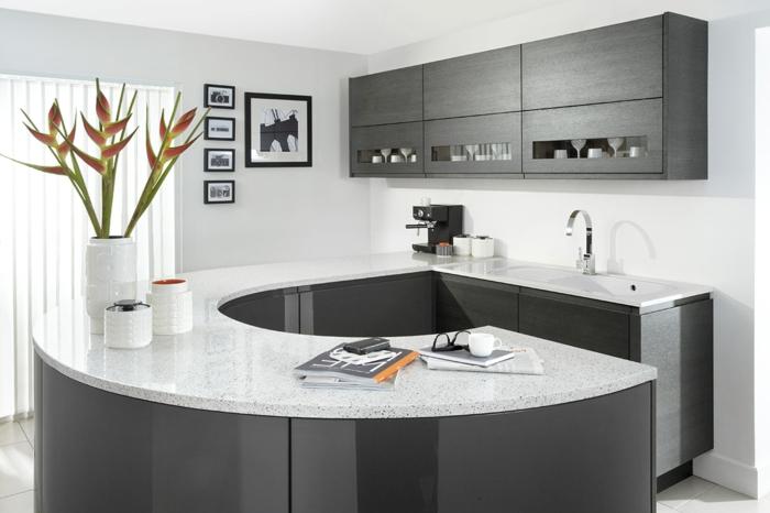 1-cuisine-laquée-blanche-gris-meubles-de-cuisine-blanc-gris-laqués-murs-blancs-plafond