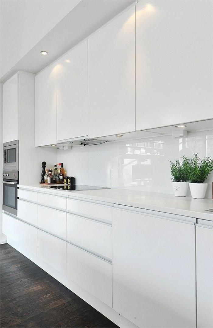 1-cuisine-laquée-blanche-meubles-de-cuisine-laquée-quelle-couleur-de-cuisine-choisir
