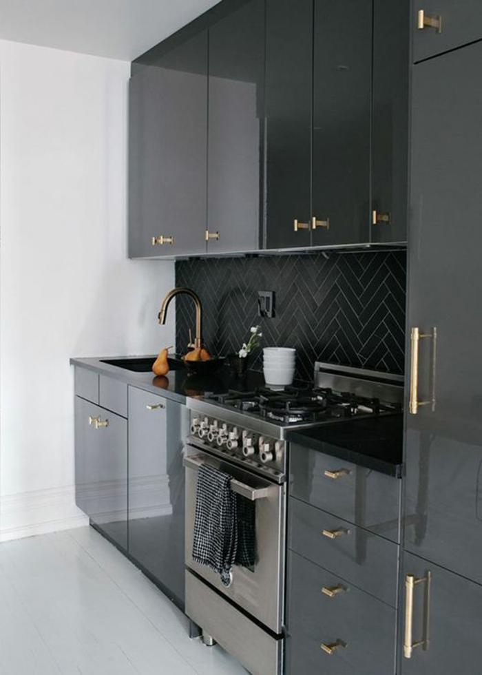 1-cuisine-laquée-gris-meubles-de-cuisine-laquée-quelle-couleur-de-cuisine-choisir