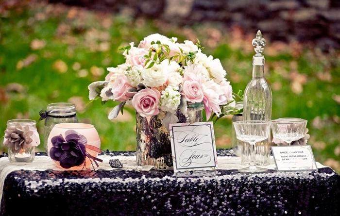 1-déco-à-faire-à-soi-même-mariage-thème-Disney-Aurore-la-mariée-couple-table-mariage