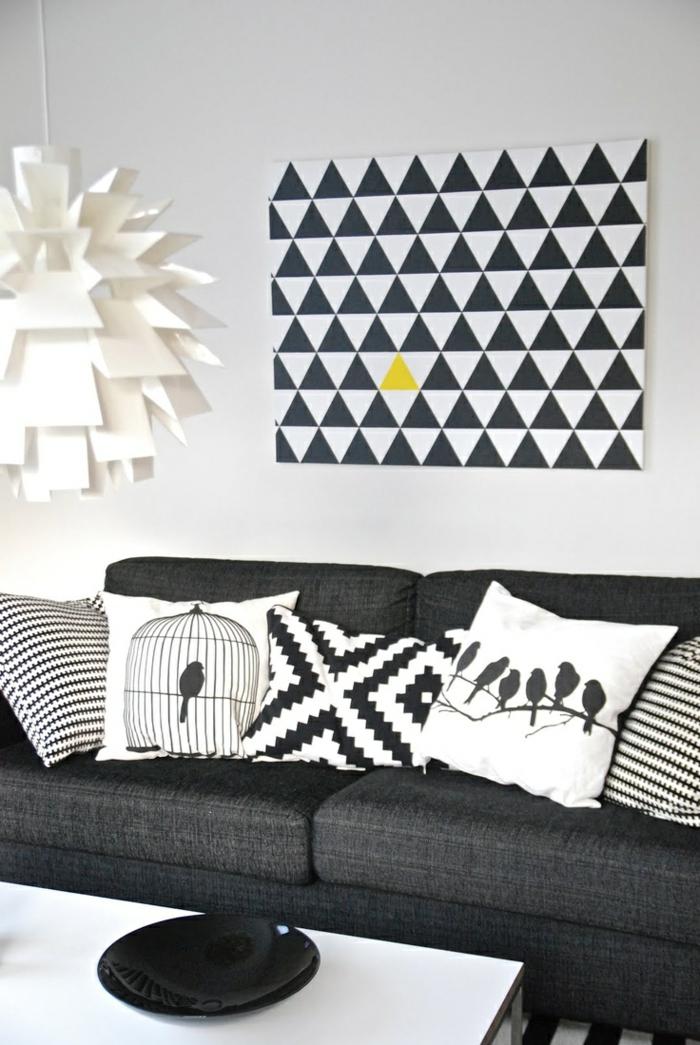 1-housses-de-coussins-blanc-noir-pour-le-salon-de-couleur-blanc-noir-canapé-gris