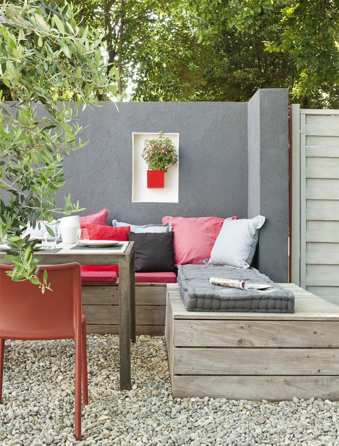 Banquette d 39 angle sur mesures et table basse outdoor pinterest b - Deco table exterieur ...