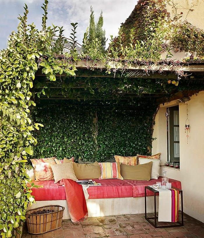 Terrasse bois en hauteur avec garde corps et escalier le for Petit canape exterieur