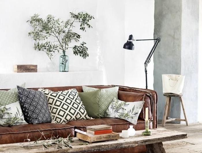 idee petit salon idee deco petite cuisine comment amacnager une petite cuisine idee deco petit. Black Bedroom Furniture Sets. Home Design Ideas