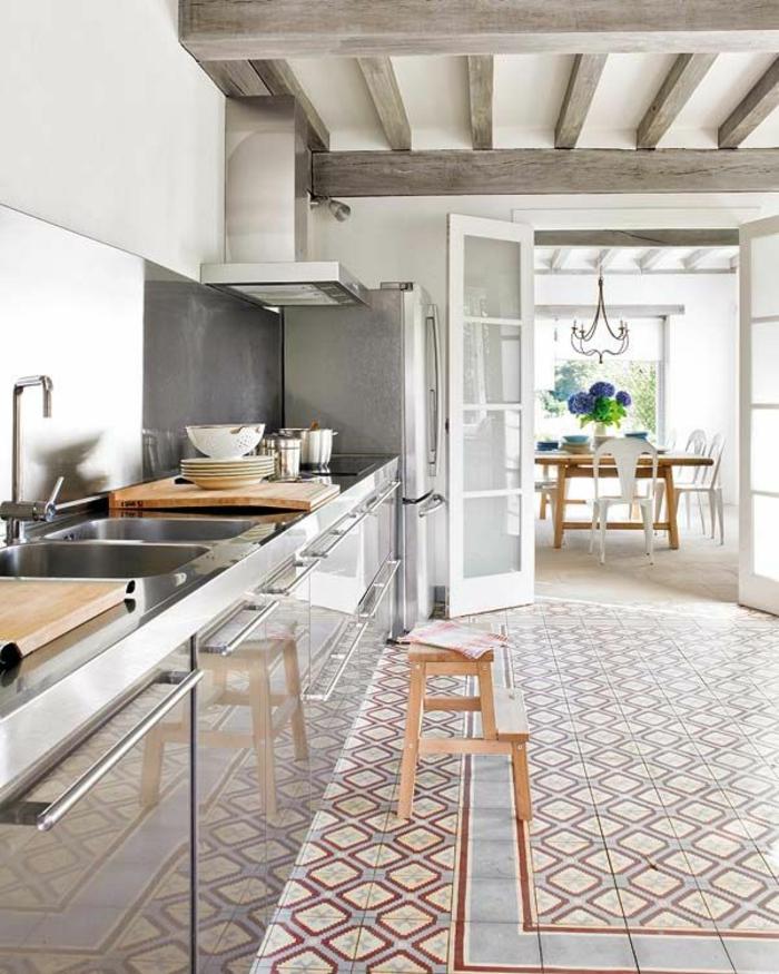 1-jolie-cuisine-laquée-grise-carrelage-de-cuisine-coloré-plafond-en-planchers-gris-meubles-de-cuisine-gris