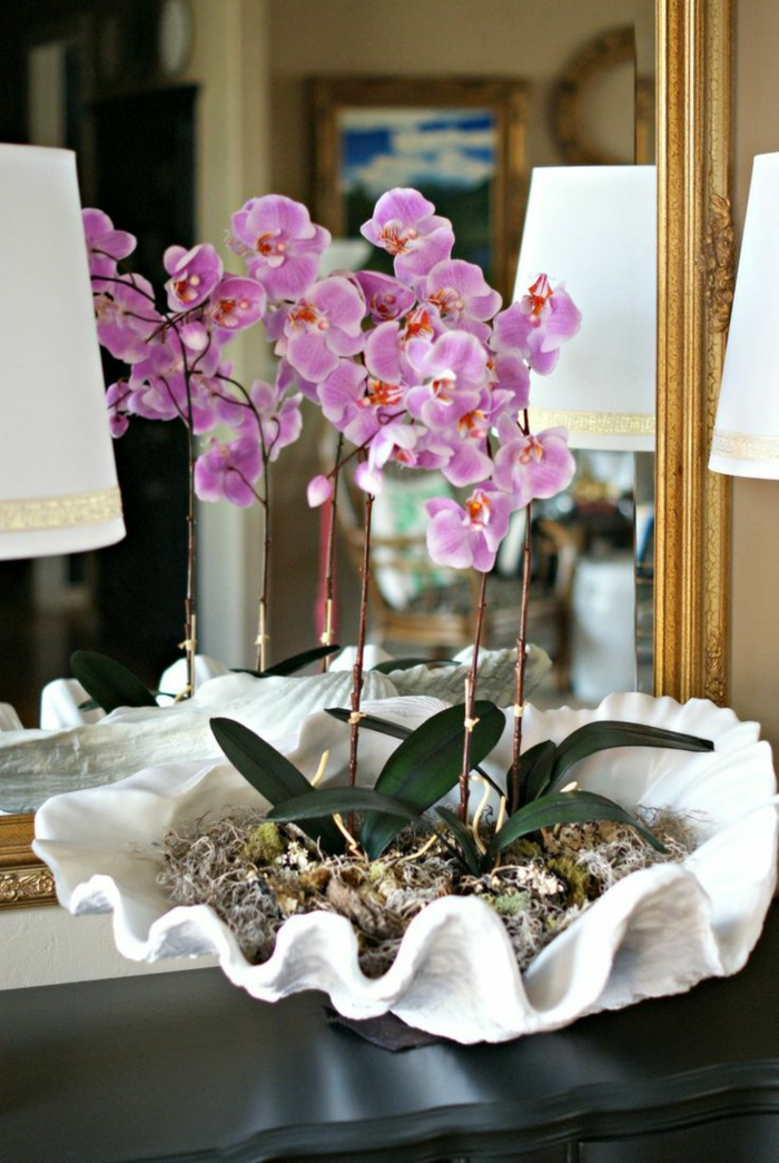 1-jolie-decoration-avec-orchidées-violets-pour-bien-decorer-l-interieur-chez-vous