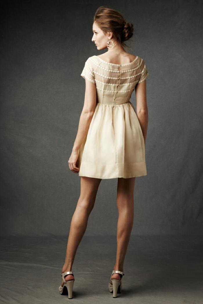 1-jolie-robe-de-soirée-courte-beige-pour-les-filles-modernes-robe-cocktail-court-beige