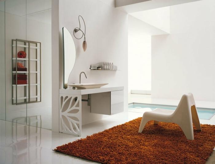 1-leroy-merlin-tapis-marron-pour-la-salle-de-bain-avec-carrelage-blanc-et-un-mirroir