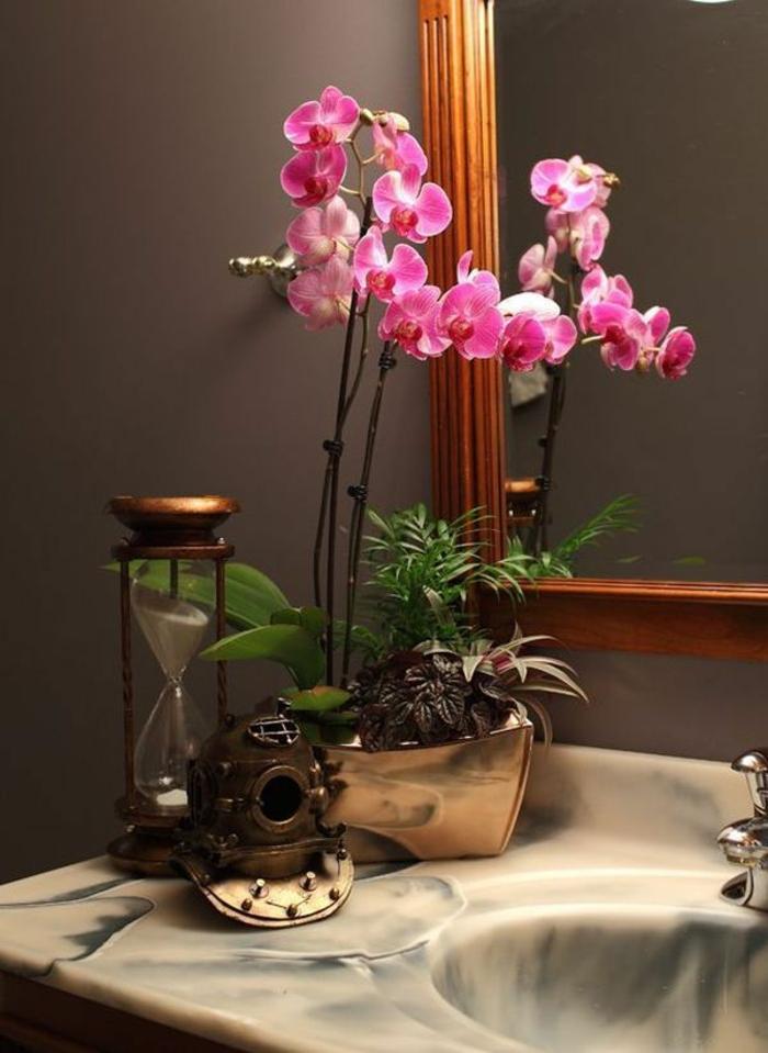 1-les-orchidées-comment-faire-refleurir-une-orchidée-interieur-pour-creer-une-ambiance-moderne-dans-la-salle-de-bain-zen