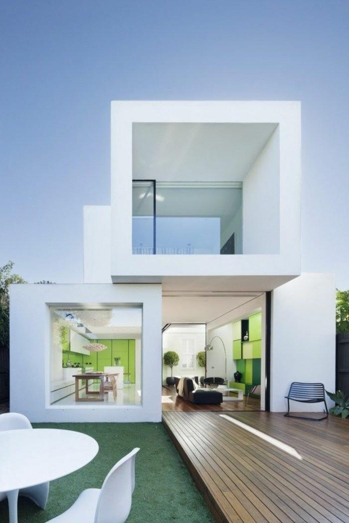 1-maison-contemporaine-lignes-simples-et-epures-exterieur-murs-blancs-sol-en-planchers