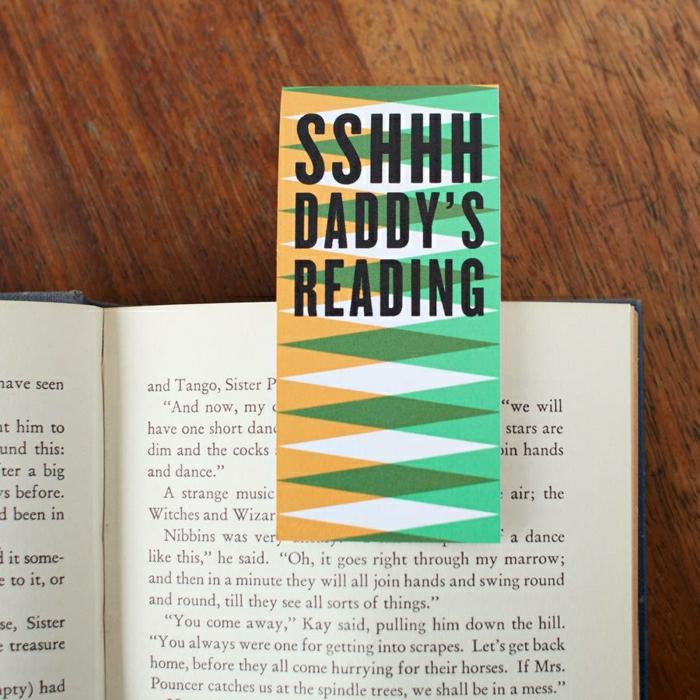 1-marque-page-à-fabriquer-pour-separer-les-pages-des-livres-que-vous-lisez