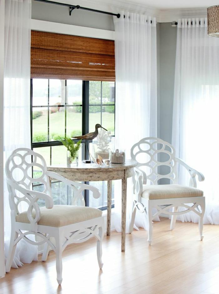 1-quelle-voilage-fenetre-choisir-pour-la-chambre-de-séJour-avec-un-intérieur-blanc-et-simple