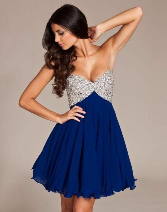 1-une-jolie-robe-cocktail-court-bleu-foncé-avec-cailloux-femmes-modernes-tendances-de-la-mode