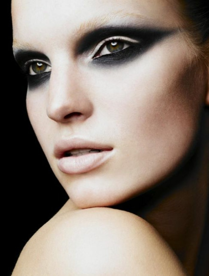 12-le-maquillage-artistique-pour-les-filles-blondes-maquilleur-professionnel-filles