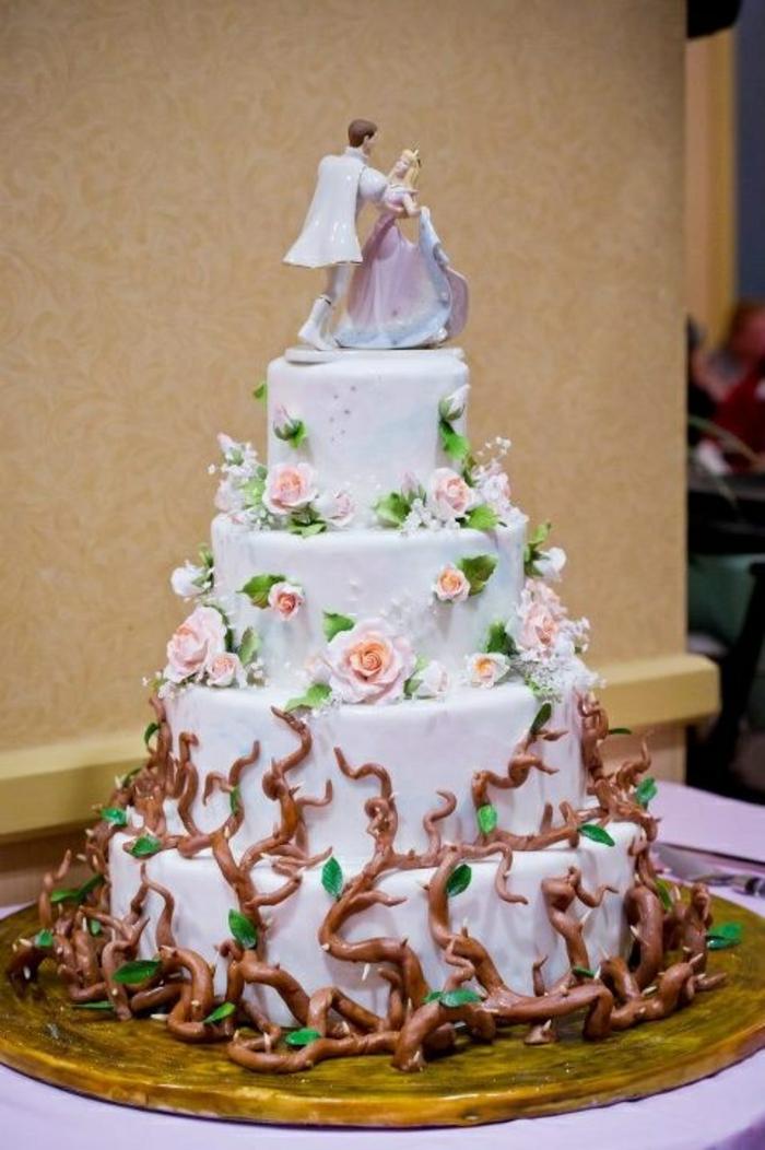 2-Aurore-la-belle-au-bois-dormant-idées-déco-festive-disney-belle-idée-gâteau