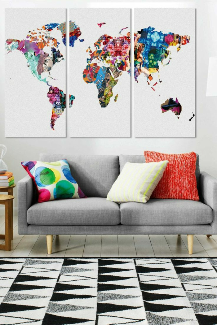2-aménagement-salon-de-stylé-salle-de-séjour-canapé-peinture-triptyque-le-monde-originale-coloré