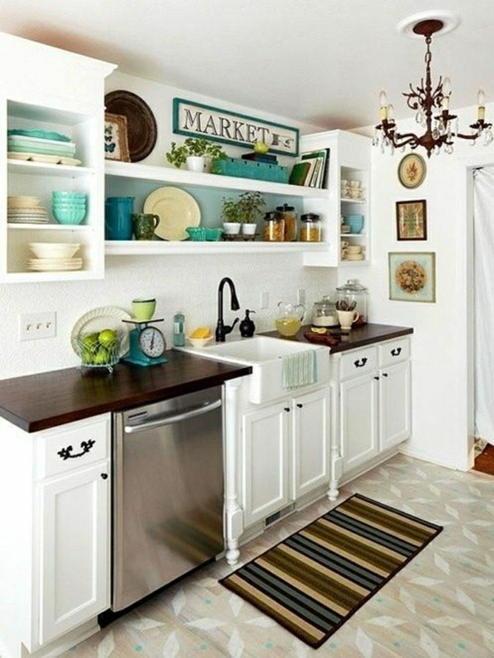 Comment am nager une petite cuisine id es en photos - Cuisine petite et fonctionnelle ...