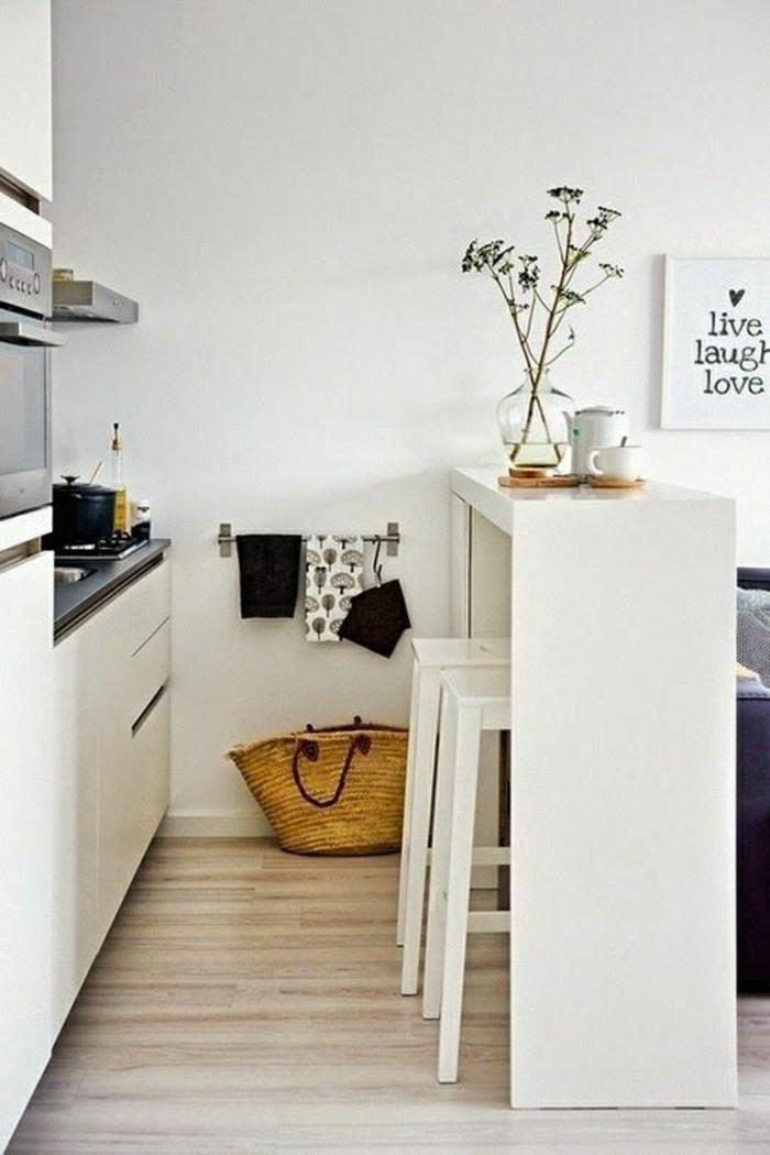 2-amenagement-petit-espace-avec-une-cuisine-confortable-et-fonctionnelle-petite