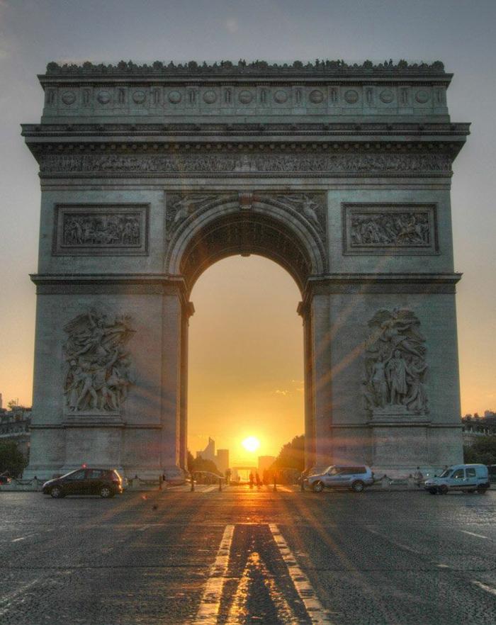2-l-arc-de-triomphe-à-paris-visiter-paris-dans-4-jours-vacances-pas-chers-france-tourisme-paris